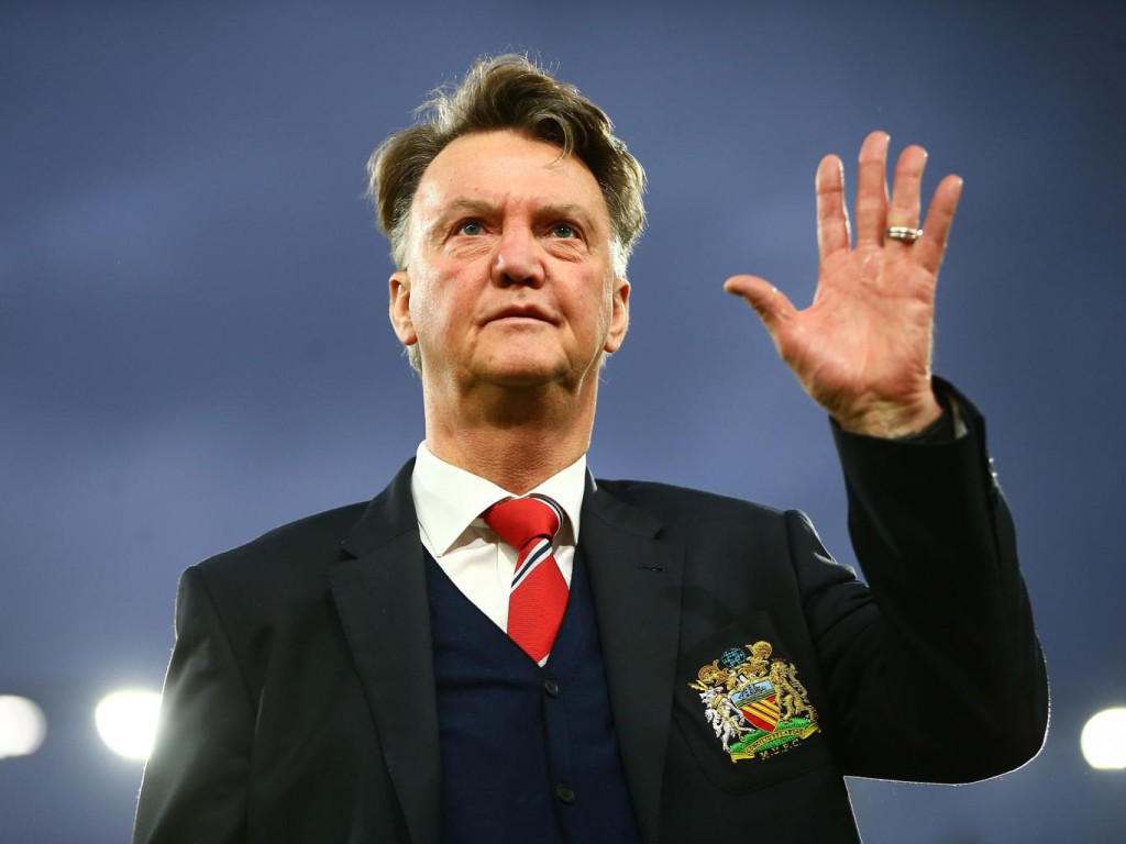 Van Gaal under massive pressure