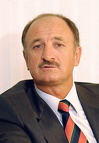Scolari sacked by Chelsea