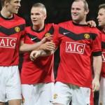 United celebrate victory over Valencia